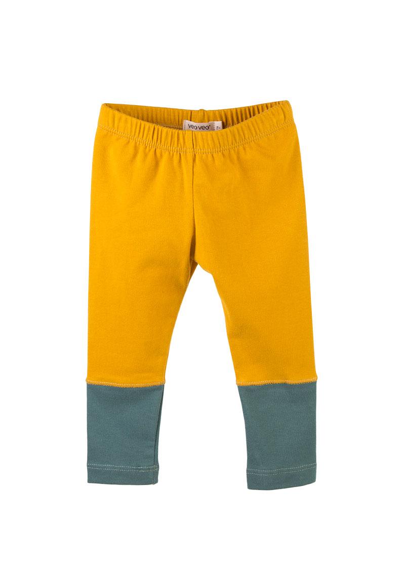leggings color mostaza con tobillos verde
